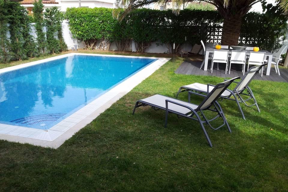 Location Villa De Luxe Avec Piscine à Empuriabrava   EN VENTE