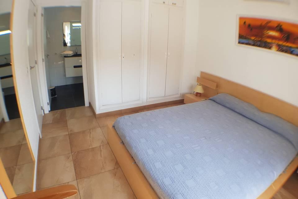 Villa Al Canale Con 650m2 Di Terreno Piscina E Giardino 15m Per 6 8 Persone Hugt 01087094